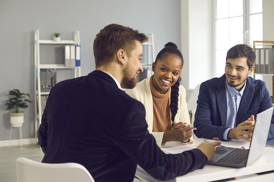 Mortgage Lender Vs Mortgage Broker - Which Should You Choose